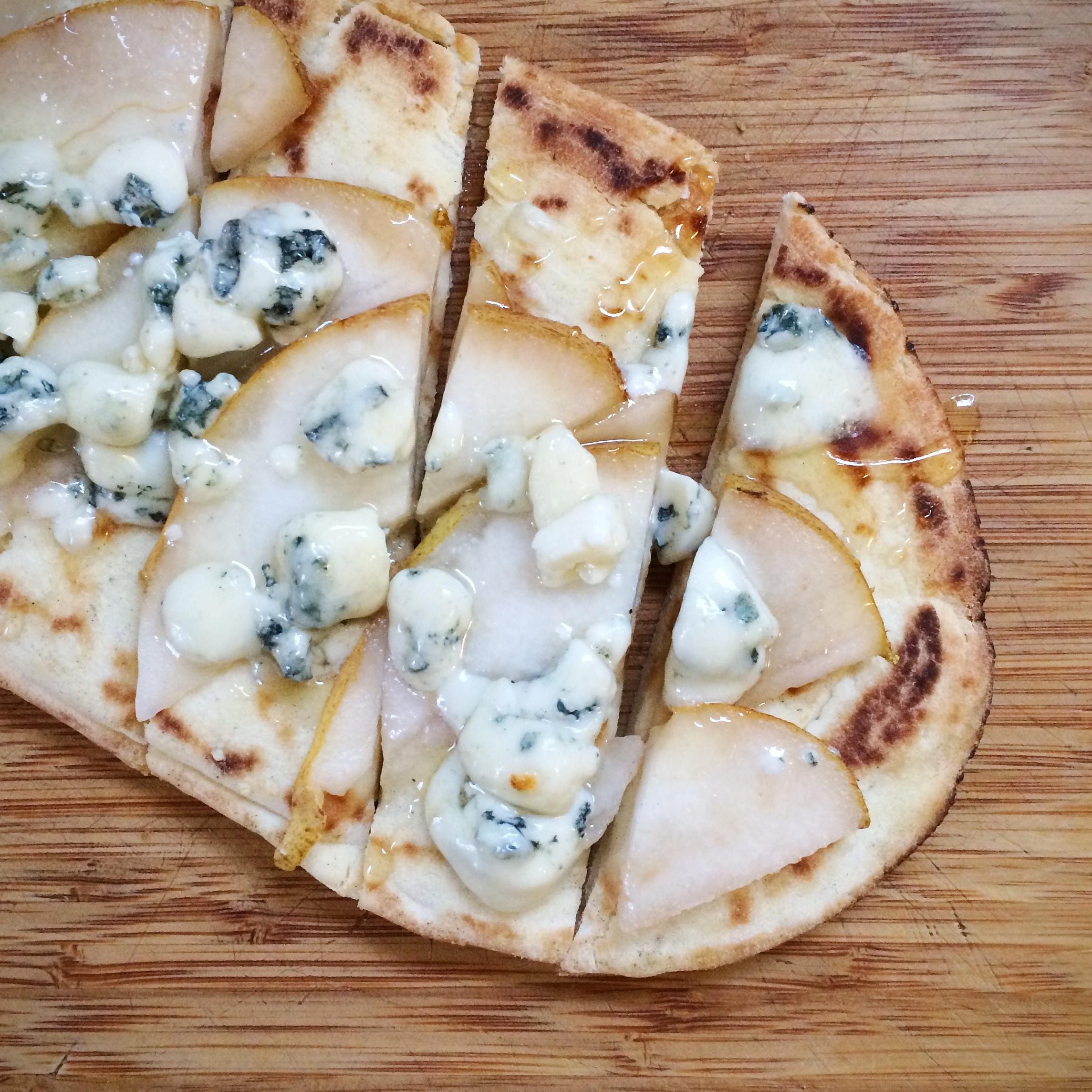 gorgonzola flatbread